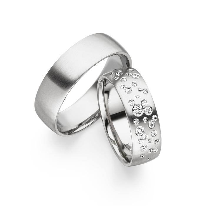 Wholesale OEM/ODM Jewelry custom silver earrings has passed Quality Certification